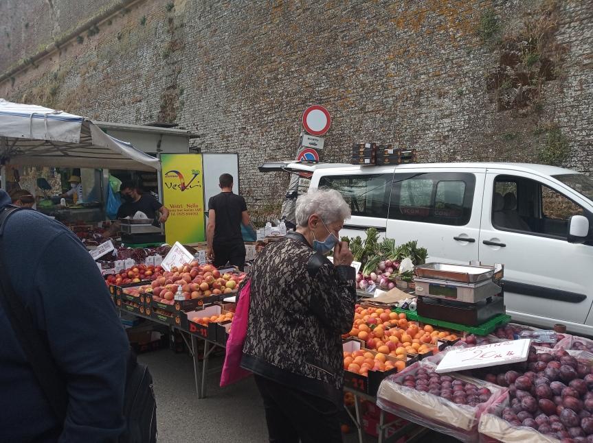 """Siena, Mercato straordinario: """"E' un messaggio importante diripartenza"""""""