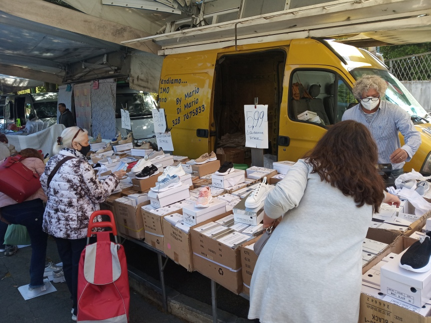 Siena: Oggi 26/05 Il mercato settimanale dellemerci