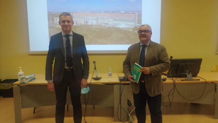 """Siena: Agorà AOUS, presentato il libro di Daniele Magrini """"Il potere delvirus"""""""
