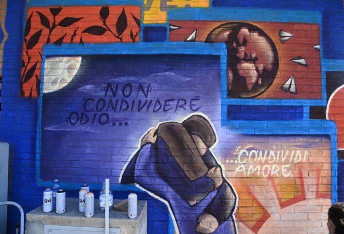 Siena: Marcia dei Diritti Umani, l'impegno contro ilcyberbullismo