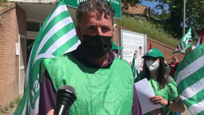 """Provincia di Siena, Poggibonsi, presidio dei sindacati a Campostaggia: """"Basta morti sullavoro"""""""