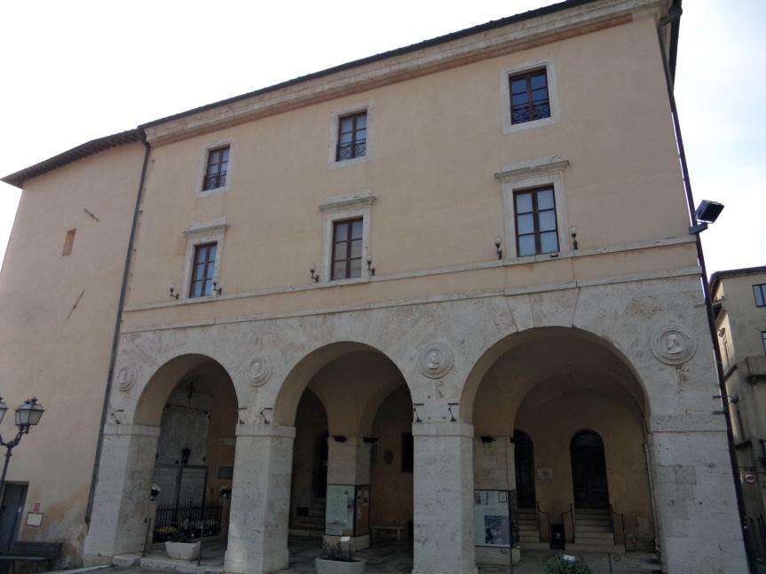 Provincia di Siena: Riapre con la prosa il Teatro comunale degli Arrischianti diSarteano