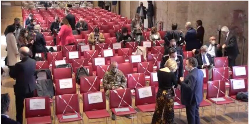 Siena: Integrato il Regolamento per la concessione della cittadinanza onoraria e civicabenemerenza