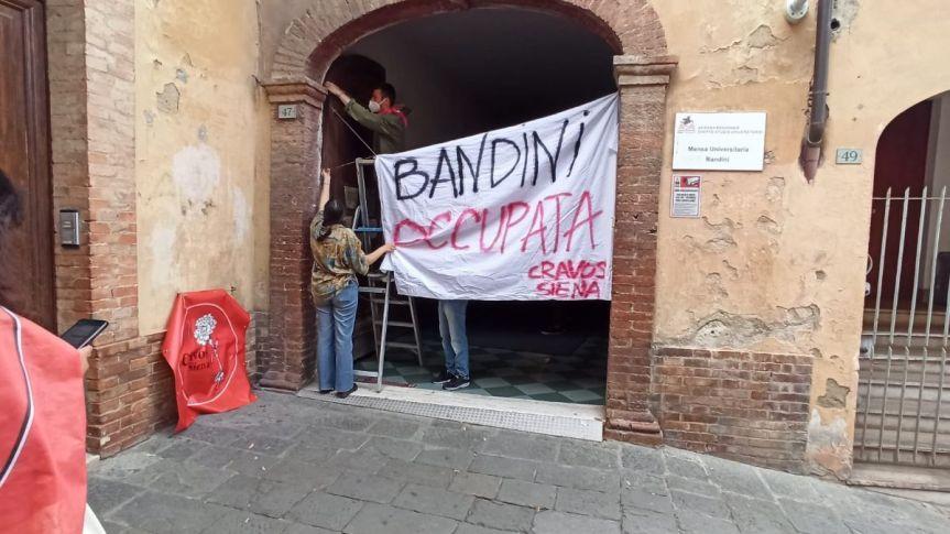 Siena: Gli studenti occupano la mensaBandini
