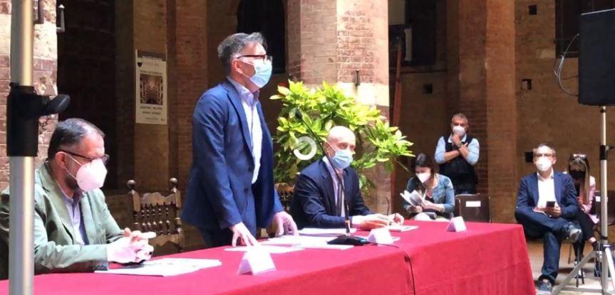 Palio di Siena: Oggi 28/05 presentato il nuovoregolamento