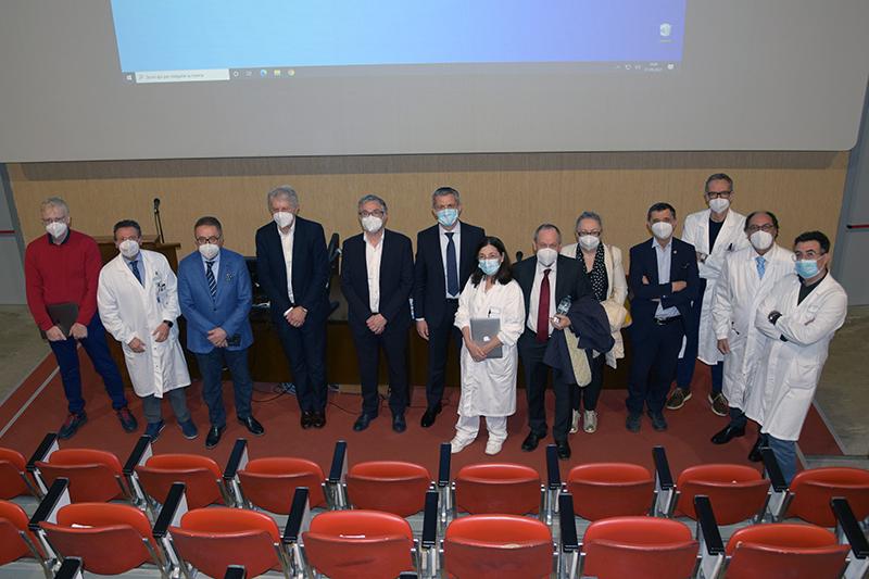Siena: Il presente ed il futuro dell'Aou Senese, l'assessore regionale alla Salute Simone Bezzini partecipa all'ufficio di direzione e visita le areevaccinali