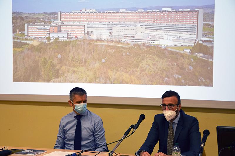 Siena: Il presidente del Consiglio Regionale, Antonio Mazzeo, visita l'AouSenese