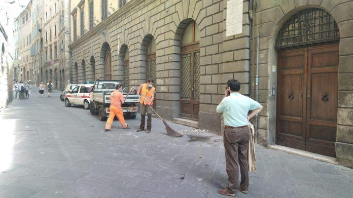 Siena: oggi 14/06 il pensiero dell'Assessore Tirelli sul crollo di ieri13/06 in ViaPantaneto