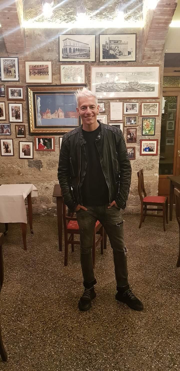 Siena: Oggi 06/06 l'attore Giovanni Vernia al Ristorante daGuido