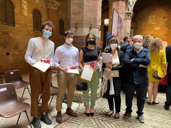 """Siena: """"Prevenire è vita"""", premiati studenti delSarrocchi"""