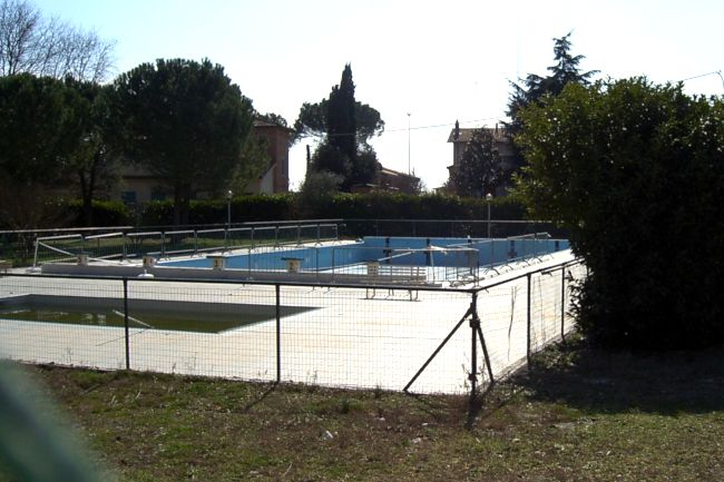 Provincia di Sieha, Castelnuovo: Sabato 12/06 apre la piscina comunale diPianella