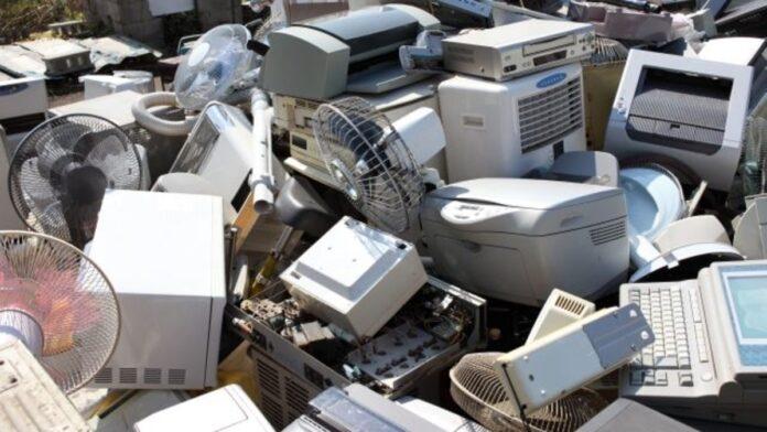 Siena: Rifiuti elettrici ed elettronici: come conferirli in modocorretto?