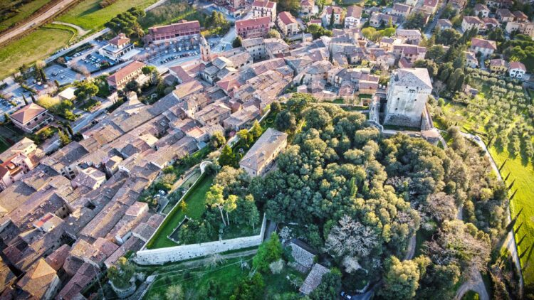 Provincia di Siena: Sarteano, al via la raccolta firme per le proposte di legge di Fratellid'Italia