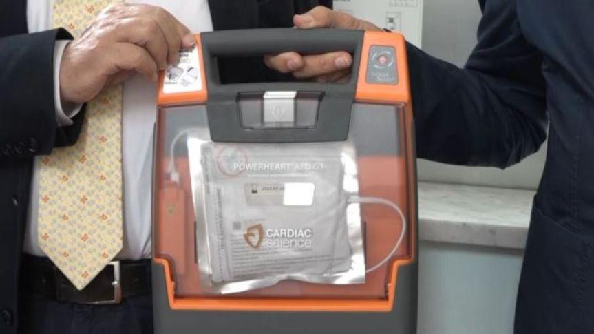 Siena, L'appello su RadioSienaTv ha funzionato: Donati due defibrillatori al LiceoGalilei