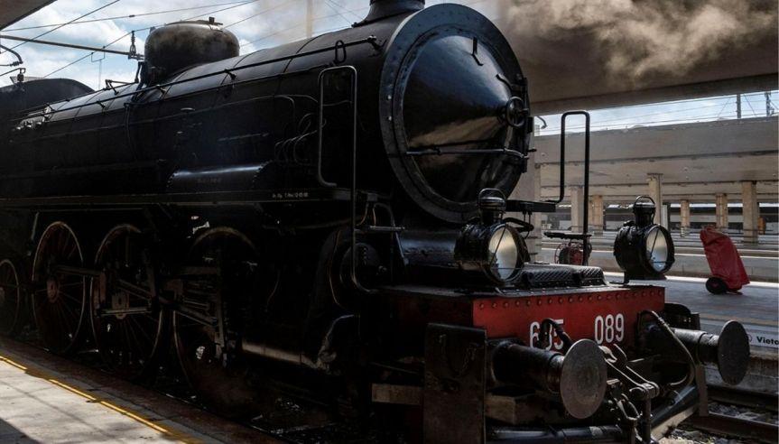 Toscana: Partito il treno storico Firenze-Ravenna dedicato aDante
