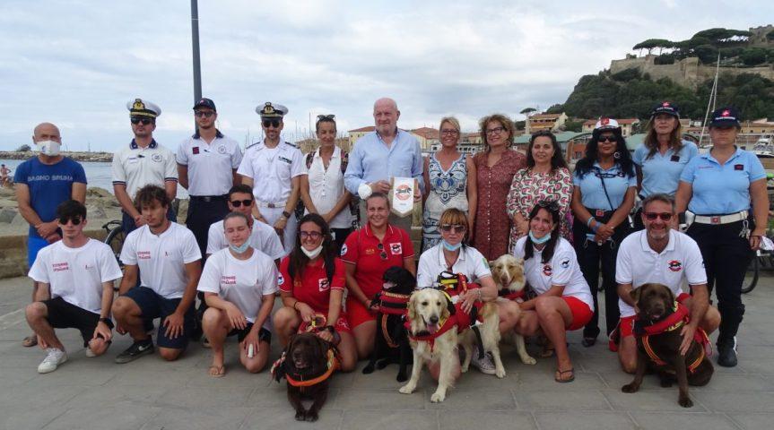Toscana: A Castiglione della Pescaia arrivano i cani-bagnino, avranno le postazioni inspiaggia