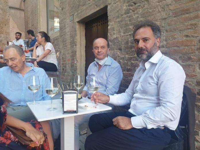 Siena: Catello Maresca, visita in piazza delCampo