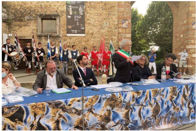 Provincia di Siena: Taglio del nastro per la 50ª edizione di Forme nel verde a San Quiricod'Orcia