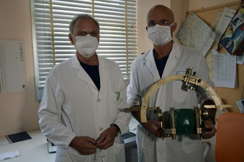 """Siena, Intervento innovativo, il primo in Toscana, per la Malattia di Parkinson: Impiantati elettrodi direzionali e """"sensibili"""" nel cervello per la stimolazione cerebraleprofonda"""