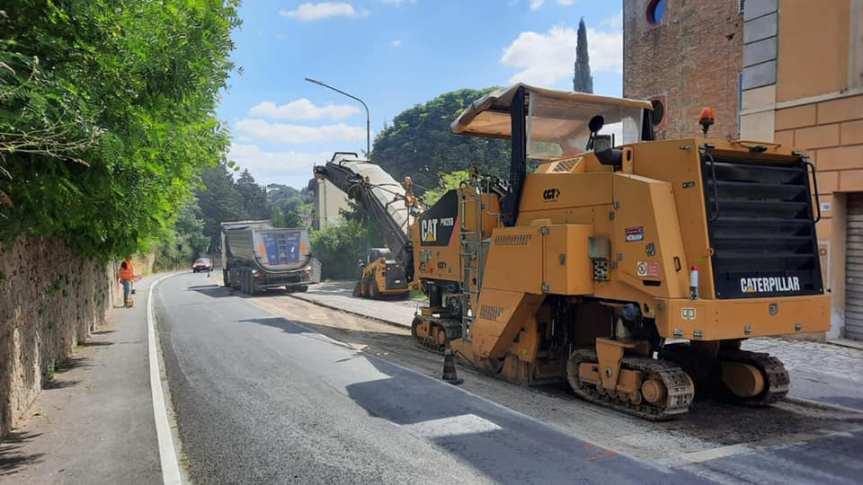 Siena: Lavori di ripavimentazione in ViaAretina