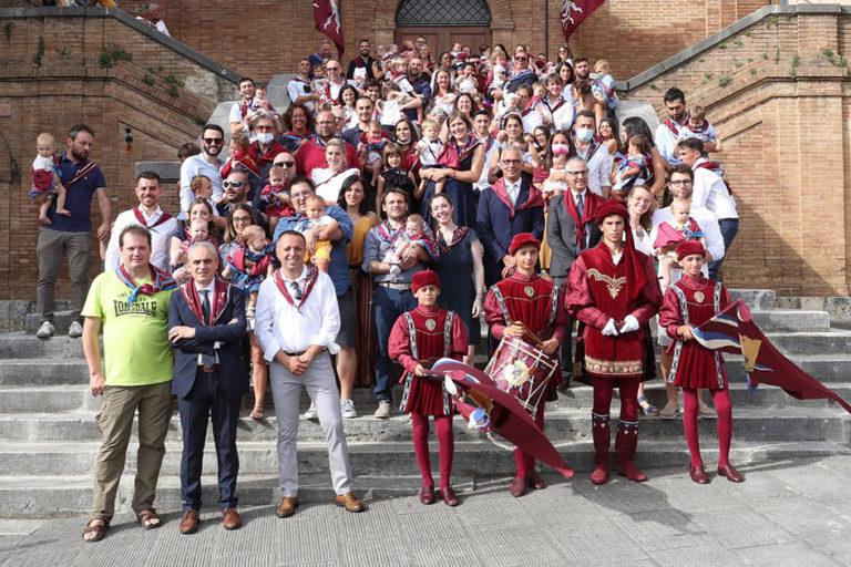 Siena: I battesimi nella contrada dellaTorre