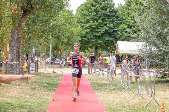provincia di Siena, Successo per il Triathlon del Lago di Chiusi: Trionfano Alessandro De Angelis e ElisaMonacchini