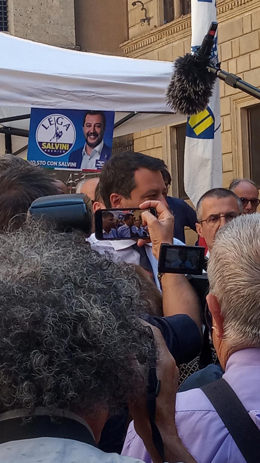 """Siena, Mps, Salvini: """"Svendere a Unicredit è inaccettabile, abbiamo un progettoalternativo"""""""