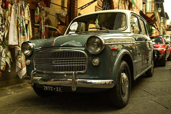 Provincia di Siena: Montalcino Heritage, seconda edizione del concorso di eleganza e bellezza per auto emoto