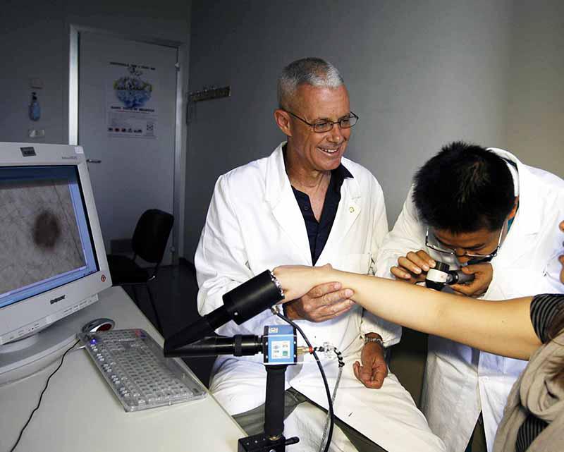 Siena, Aou Senese e Azienda Usl Toscana sudest fanno squadra contro i tumori alla pelle: Accordo di collaborazione tra i dermatologi degli ospedali Santa Maria alle Scotte eCampostaggia