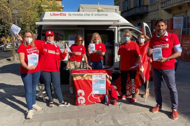 """Siena: """"Ricominciamo dai nostri turismi"""", a Siena e San Gimignano grande partecipazione all'iniziativa della FILCAMSCGIL"""