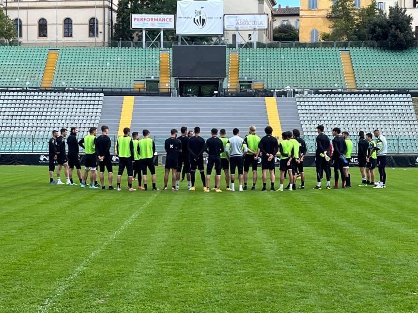 Siena, Acn Siena: Oggi 13/10 seduta tecnico-tattica allo stadio Franchi, presente Gazaryan parla DiSanto